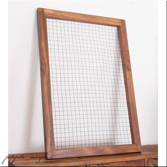 画像1: 木製 ワイヤーウィンドウ B