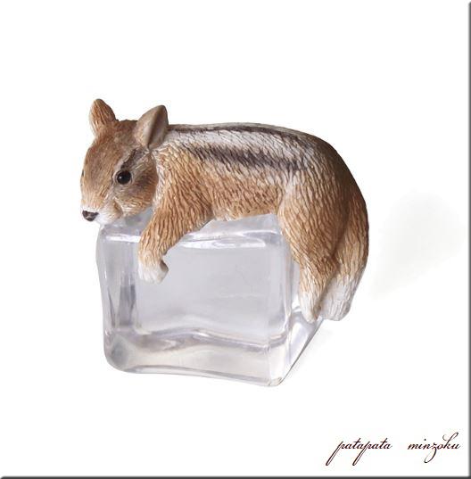画像1: ICE ANIMALS リス置物 オブジェ